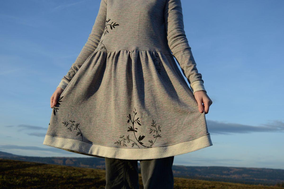 Šaty Boogy - světlé s tiskem