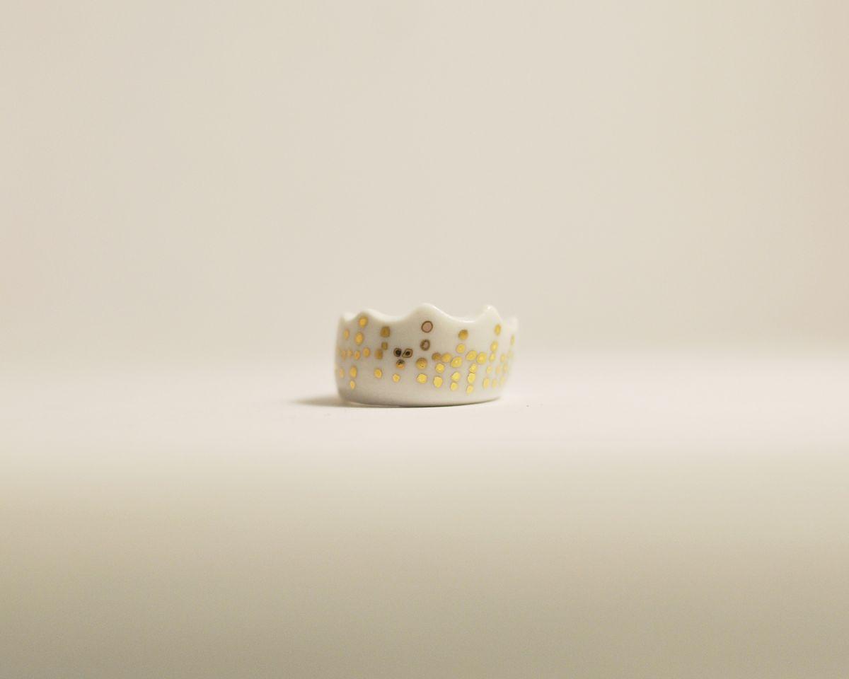 Prsten MH - korunka se zlatem