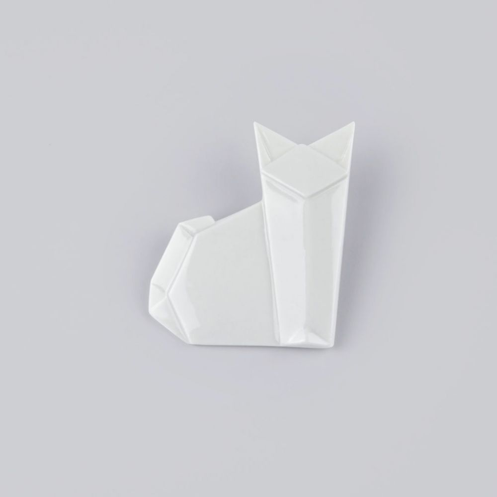 Brož Stehlík Design - Kočka