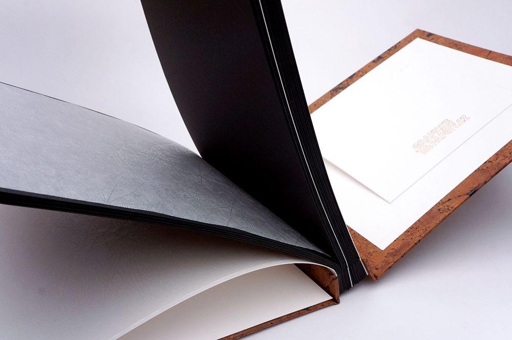 Fotoalbum Grafické papíry - Korek + bílá