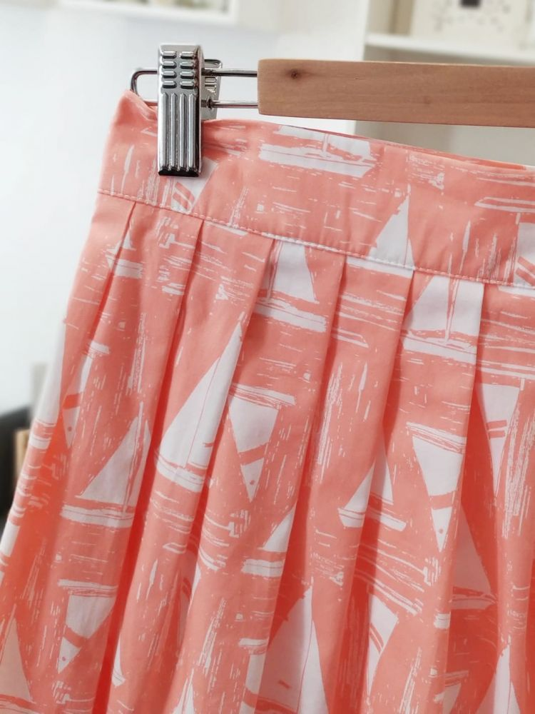 Zavinovací sukně Reparáda -RŮŽOVÁ S PLACHETNICEMI