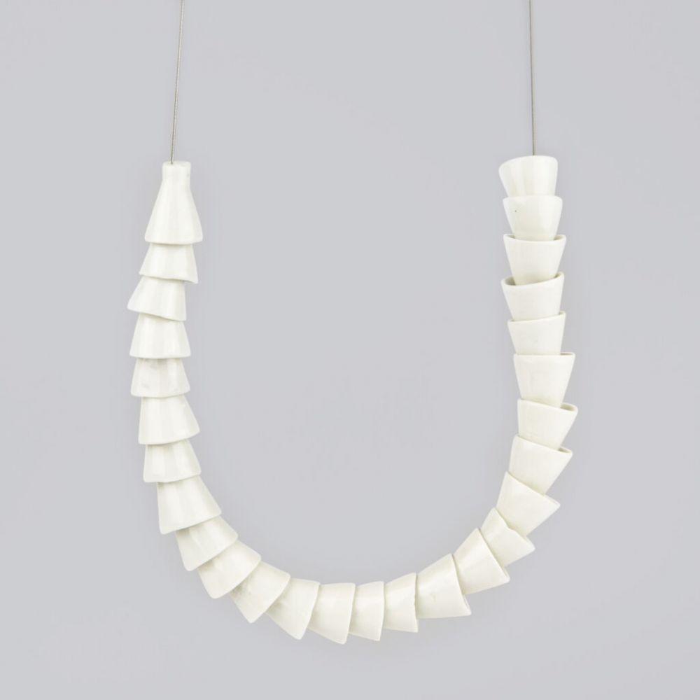 Náhrdelník Stehlík Design - Tubes - bílý