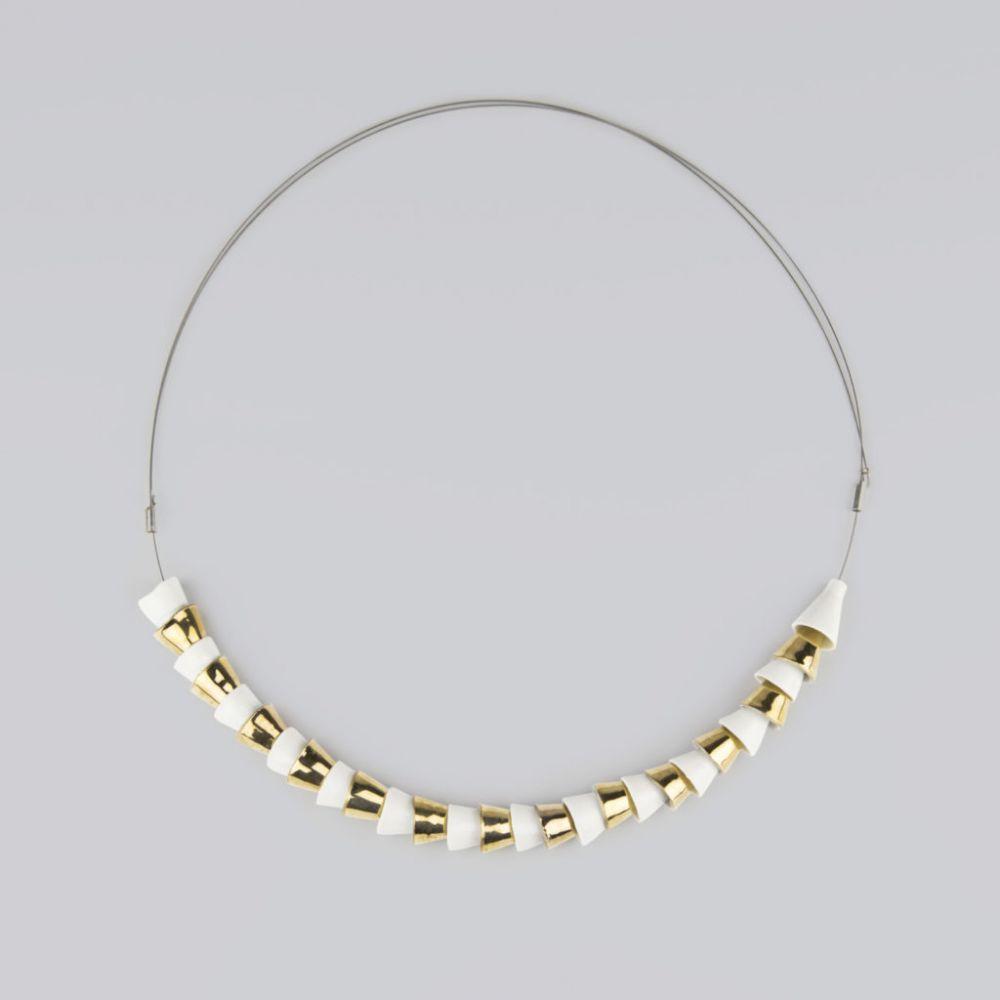 Náhrdelník Stehlík Design - Tubes - bílá a zlatá