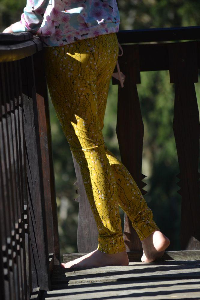 Legíny Ta-ry - žlutá louka